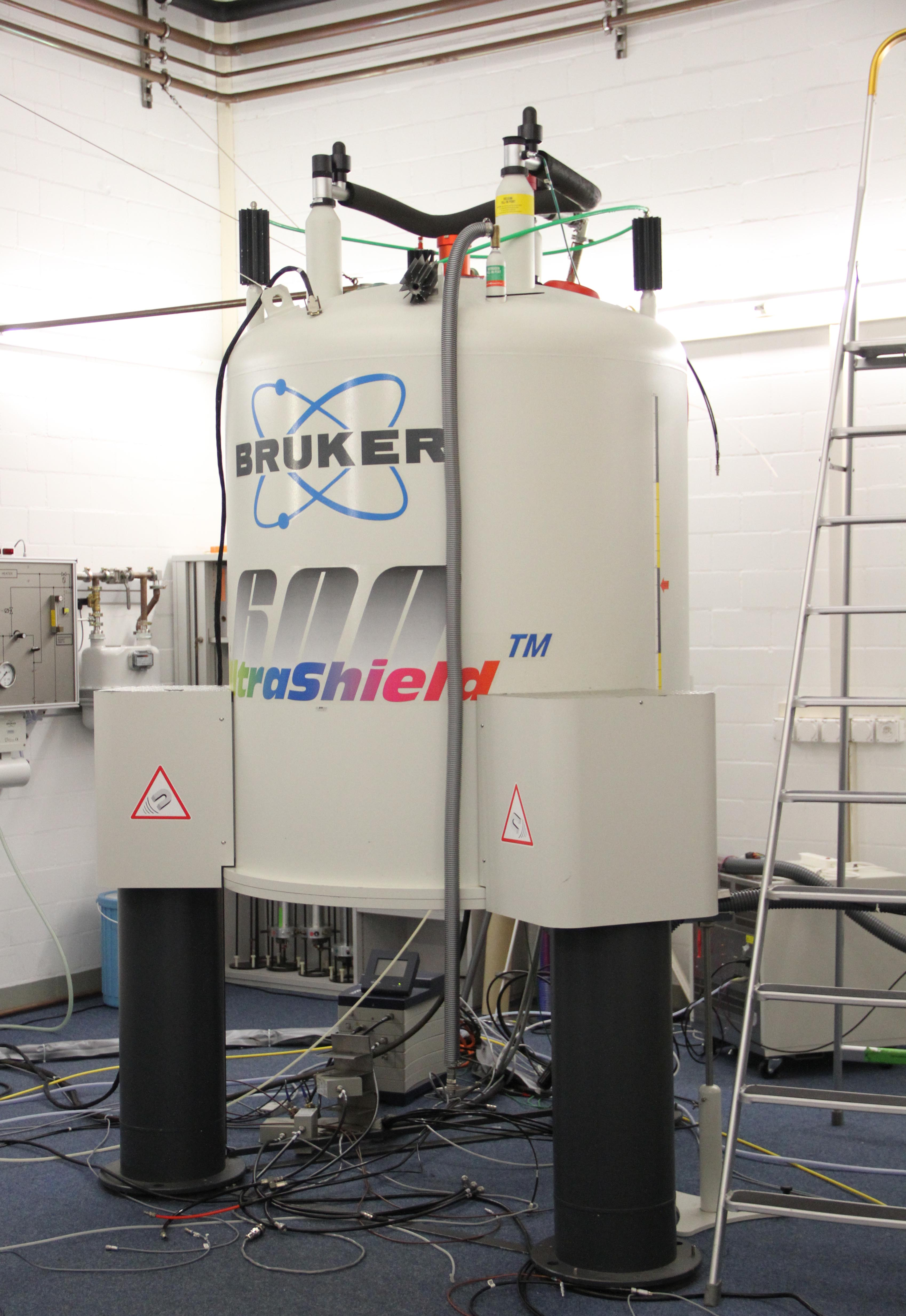 Nmr Spectrometers Solid State Nuclear Magnetic Resonance Eth